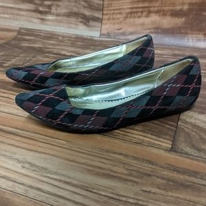 3for$20 Miss me flats size us 8